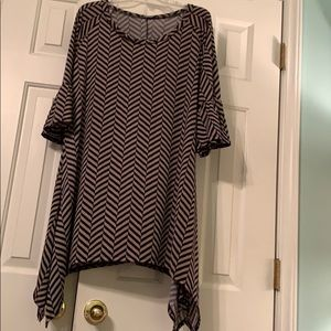Saturday tunic. XL